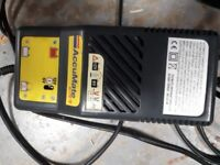 ACCUMATE MOTORCYCLE BATTERY CHARGER 6V - 12V.