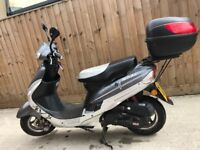 Mint condition scooter 50cc scooter moped 2013 new mot
