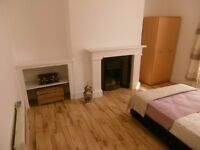 LARGE recently refurbished room in professional house share - TOWN CENTRE LOCATION - HOWARD STREET