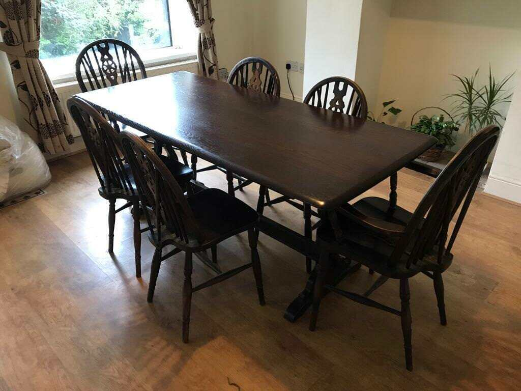 Lovely Old Priory Dining Table And 6 Chairs