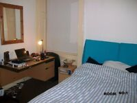 Double bed rooms in a 3 bedrooms flat