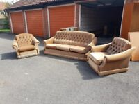 Beautiful 3 Piece Suite, Free but needs moving very quickly