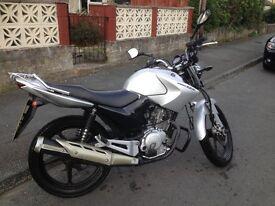 Yamaha BR 124cc Motorbike