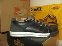 WORKWEAR CLEARANCE LOW PRICES ON USED CLOTHING AND SAFETY BOOTS - HYENA - DEWALT - SITE