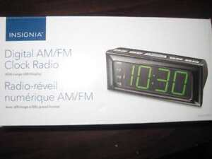 Insignia Digital Alarm Clock AM FM Radio with AC Power and Backup Battery. Large Display Snooze button. Phone 9057815781