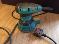 Makita BO5031 Random Orbit Palm Sander 240V