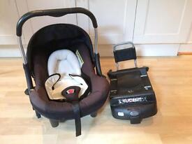 Silver cross Black Ventura Plus S baby car seat and ISOfix base
