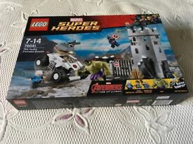 LEGO 76041 Marvel Super Heroes - The Hydra Fortress Smash (New) Collect Only