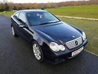 Mercedes Benz c220 2.1 CDI SE Automatic1 year mot,F.Service history,97 k miles