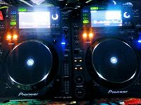 2 x Pioneer CDJ 2000's (USB/CD/DVD/Rekordbox/Serato/Traktor Ready Decks)