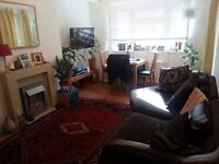 2 double bedrooms unfurnished flat in Kew, Richmond to rent
