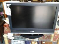 """Panasonic 32"""" screen TV"""