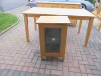 Morris furniture [ 6 pieces ] in very good condition