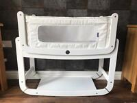 SnüzPod2 3-in-1 Bedside Crib, White