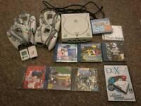 Sega Dreamcast bundle - 7 games & 4 controllers