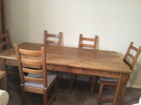 Farmhouse table and six chairs 6x3. (182x87)