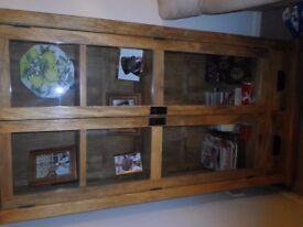oak display unit