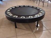 travel trampoline 'Red Round', in good condition