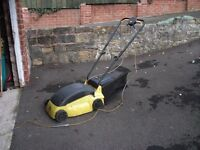JCB ELECTRIC ROTARY LAWNMOWER WITH GRASS COLLECTION BOX BARGAIN £10
