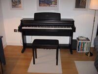 Electric Piano Yamaha Clavinova CLP-155 Stereo