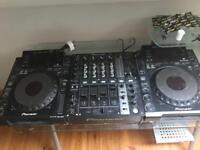 Pioneer 2 x CDJ 900s + DJM 750 + recording interface