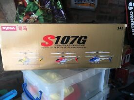 Radio-controlled helicopter (Syma)