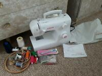 New SINGER Sewing machine with extras