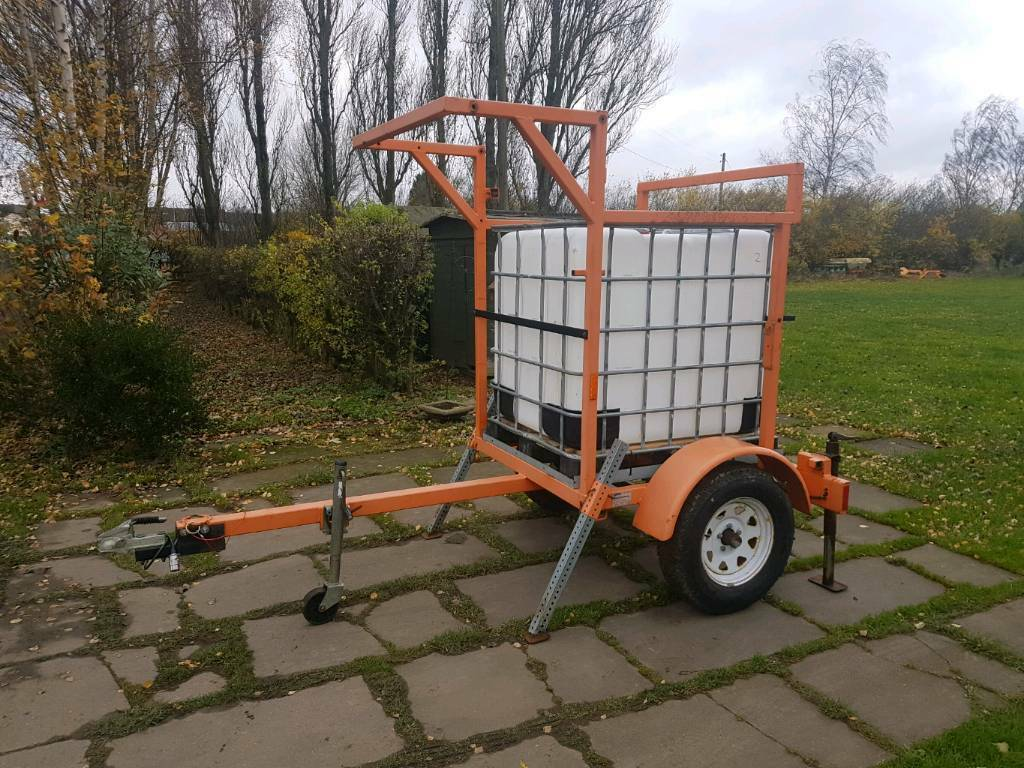 1000 litre IBC water trailer