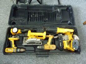 DeWalt hand drill set with Carry case