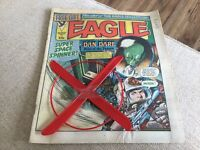 EAGLE COMIC WITH FREE GIFT.SUPER SPACE SPINNER.