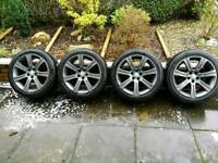 Brand new anthracite alloys and tyres