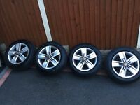 2017 NEW T32 Load Rated Genuine VW T6 T5 davenport alloys & Continental Tyres