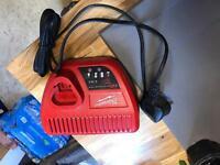 Milwaukee 12v charger