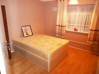 £130 Newbury Park Station Lovely Double Room For Rent