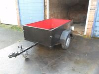 SMALL CAR TRAILER 5 FT 6 INCH X 4 FT 6 INCH APPX