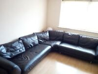 Corner leather sofa NEED GONE BY SUNDAY