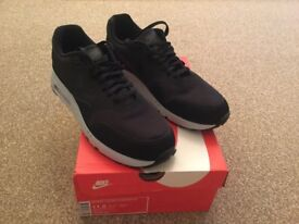 Brand New Nike Air Max Trainers size uk 10.5