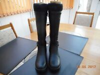 NEW BLACK KNEE HIGH BOOTS DEBENHAMS GOOD FOR THE SOLE SIZE 4 (37)