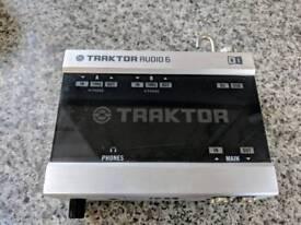 Traktor Audio 6 DJ interface