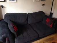 Three piece settee incl cuddle chair