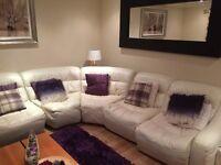 £3000 DFS Zara cream leather suite