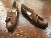 ZARA flats (leather LOAFERS with tassels) size UK 6, EU 39, NEW