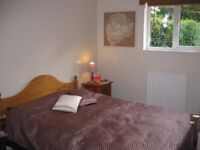 1 bedroom flat - fully furnished ALL CONFORT AND NEWLY DECORATED