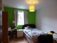 To rent: 2 double bedroom flat, central St Andrews