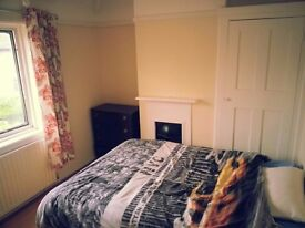 EAST ACTON DOUBLE ROOM!!!