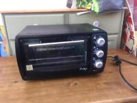 Portable oven with grill ideal for caravan camping