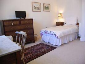 Large En-Suite Room, Quiet Rural Location