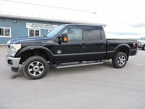 2011 Ford F-350 Lariat,DIESEL,CREW,LEATHER,4X4,LOADED!!