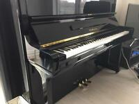 YAMAHA black finish reconditioned piano for sale