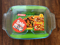 Brand New (Roaster) Pyrex Dishes Set of 3